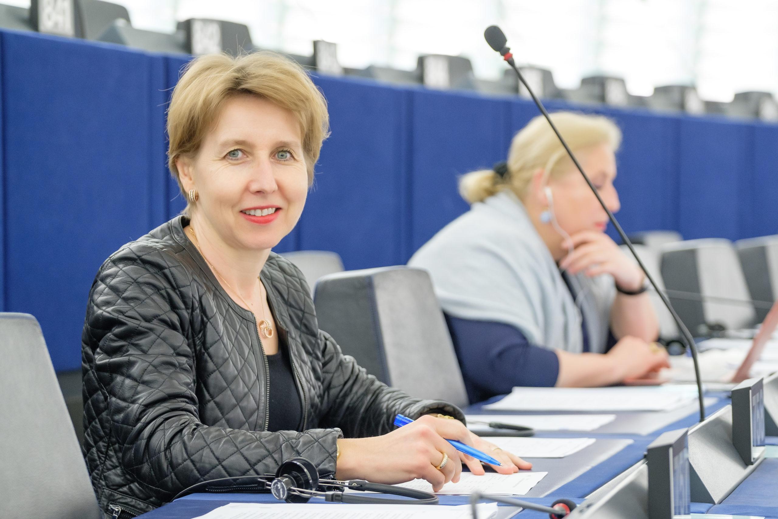 """(Tribune) Anne Sander, """"Notre projet repose sur une Europe frontière"""""""