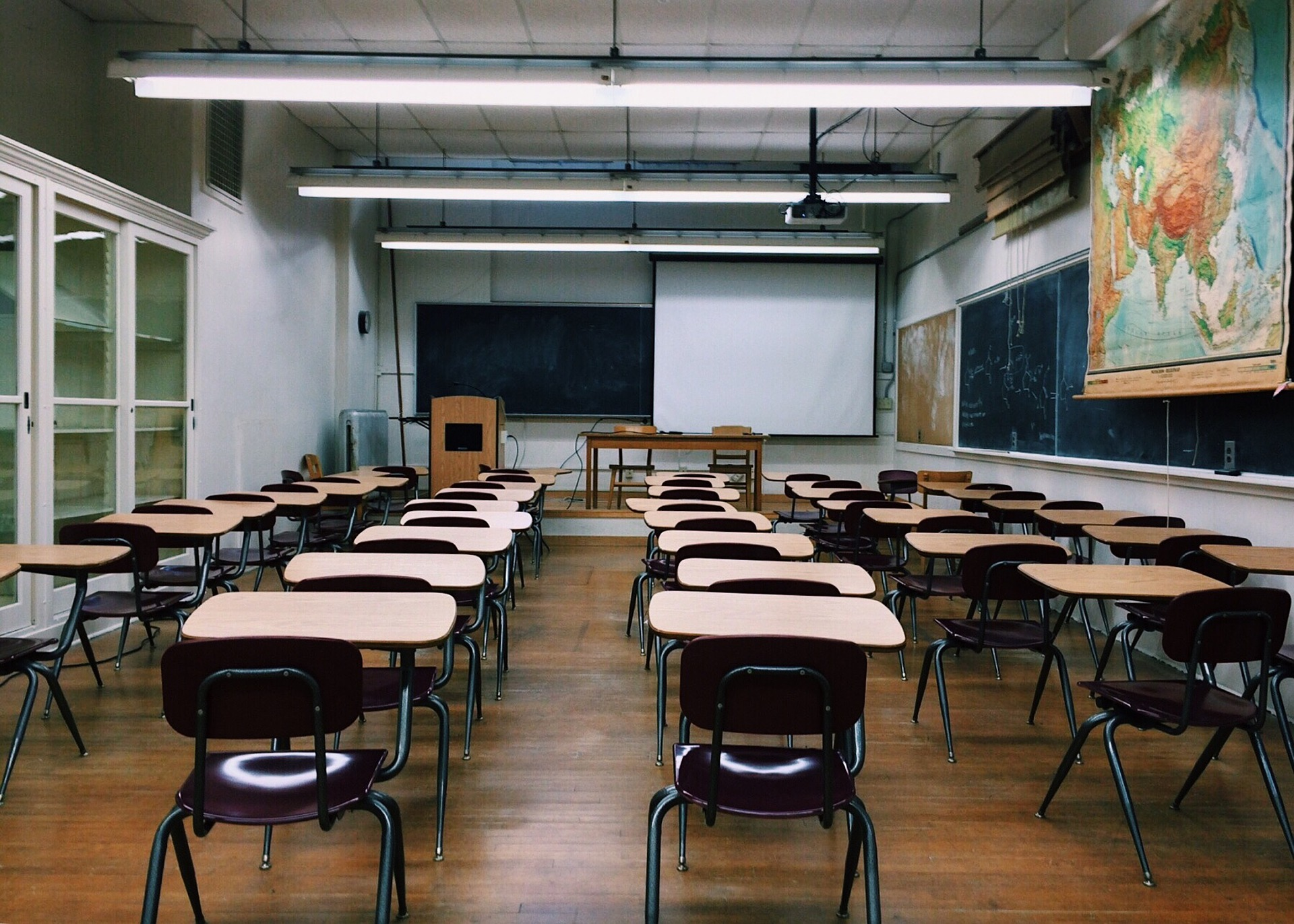 Ecoles : la confusion entre instruction et éducation de plus en plus forte !
